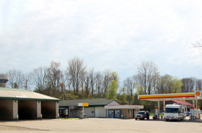 Green Roof Gas Bar & Car Wash